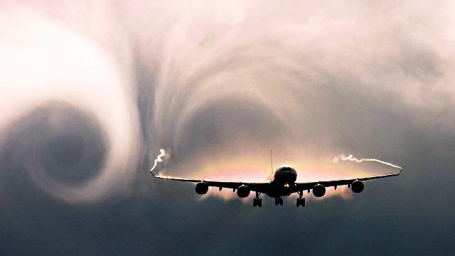 incontri piloti aerei incontrare e salutare incontri online