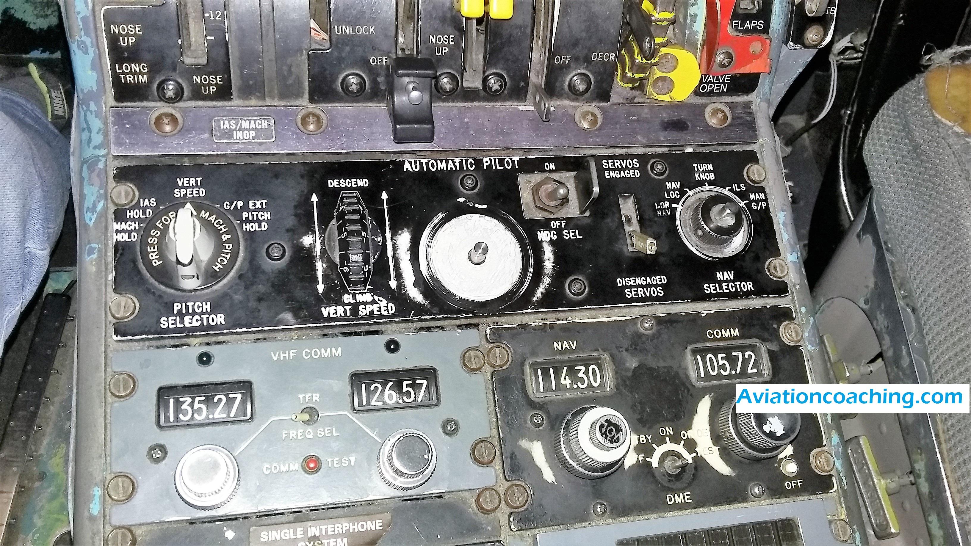 pilota automatico dc9